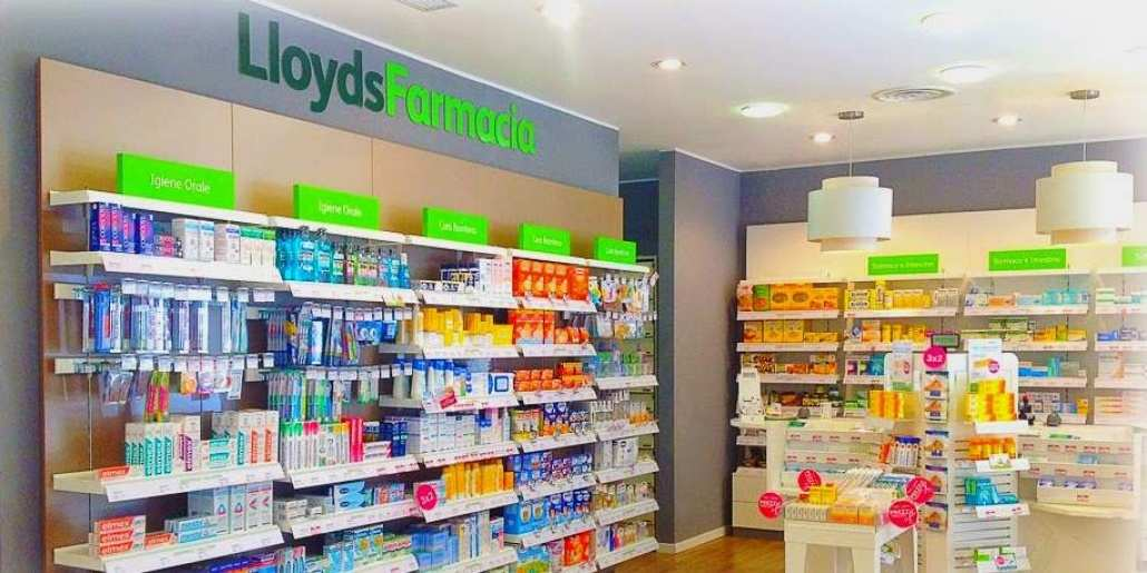 Negozio Lloyds Farmacia